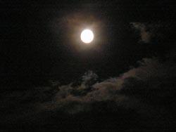 07_0707_moon06292.jpg