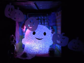 10_0914_ghost4.jpg